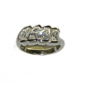 Pear Shape Diamond Guard Ring
